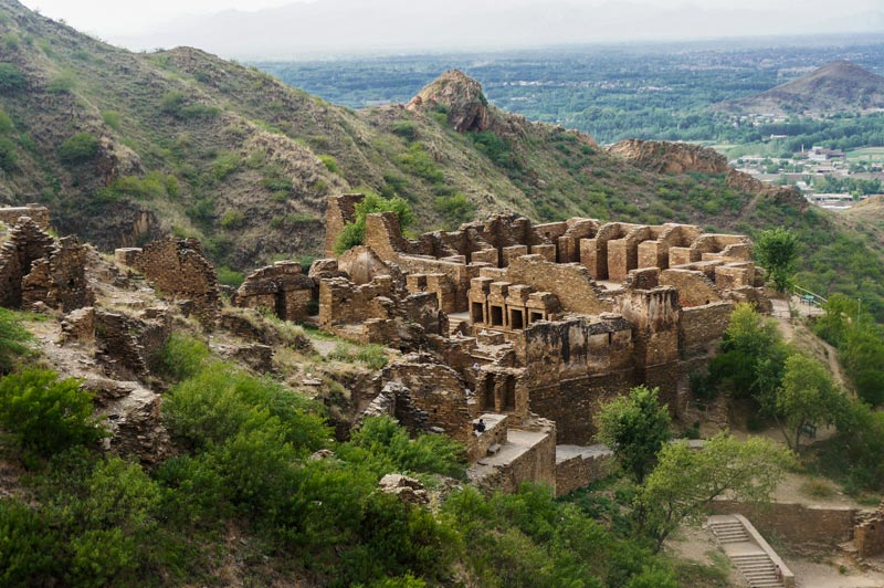 The Takht-i-Bahi monastery